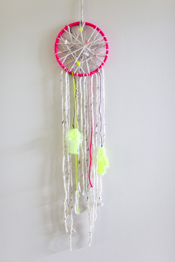 A subtle revelry bright and easy dreamcatcher a subtle for Easy homemade dream catchers
