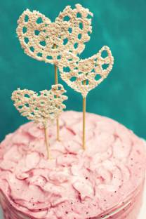 Crocheted cake hearts