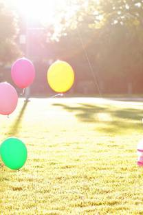 how to keep balloons tethered down