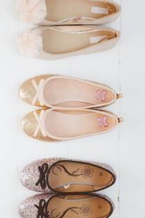 Pretty Shoes + Weekend Links