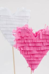 pinatas for love