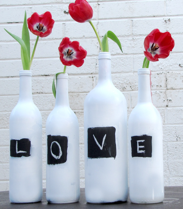 Valentine's day craft ideas - chalkboard vases