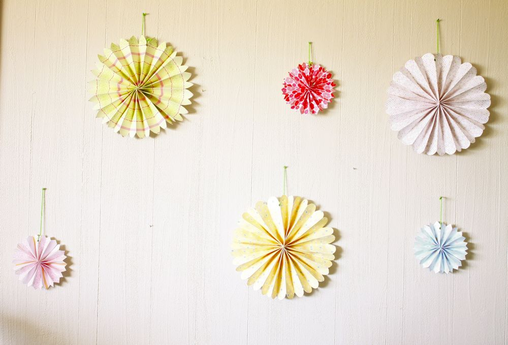 DIY accordion paper flowers