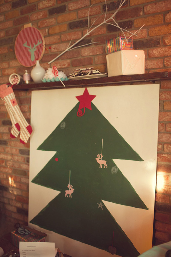 How to create a chalkboard Christmas tree