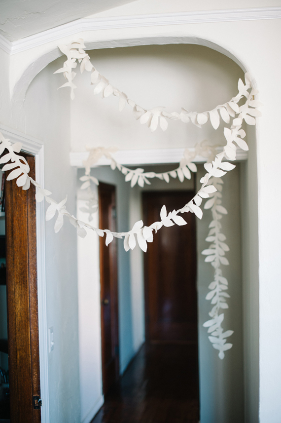 DIY felt flower garland