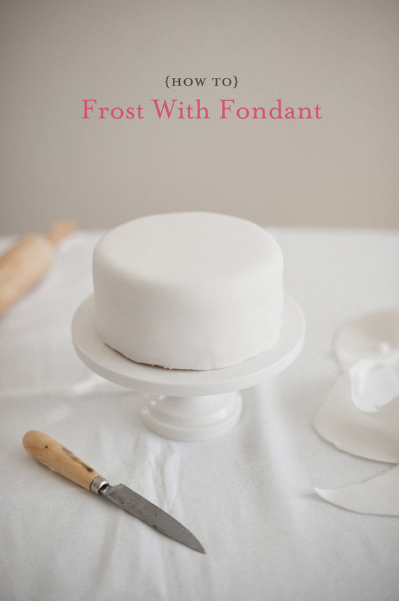 how-to-frost-with-fondant