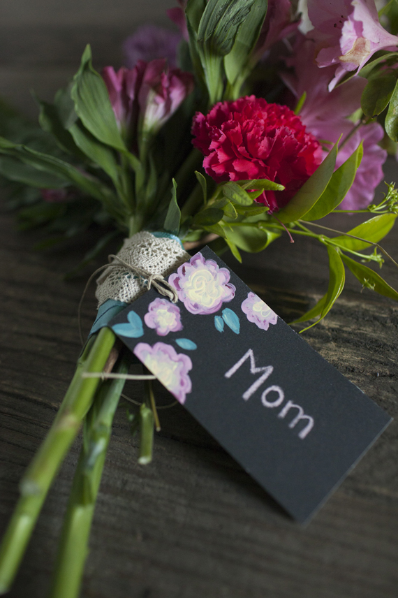 faux chalkboard gift tags • A Subtle Revelry