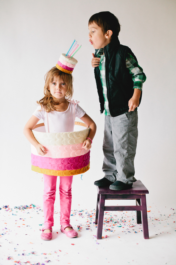 Easy DIY Halloween costumes for twins