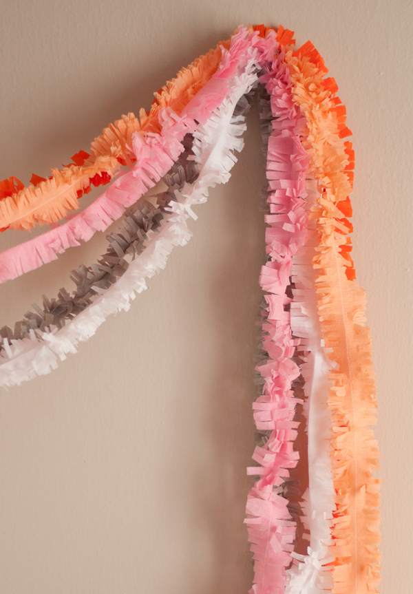DIY crepe paper streamers
