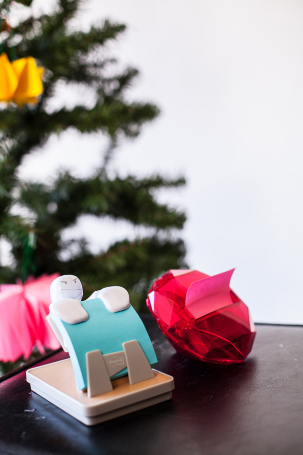 Post-it Notes Christmas Ornaments >> A Subtle Revelry