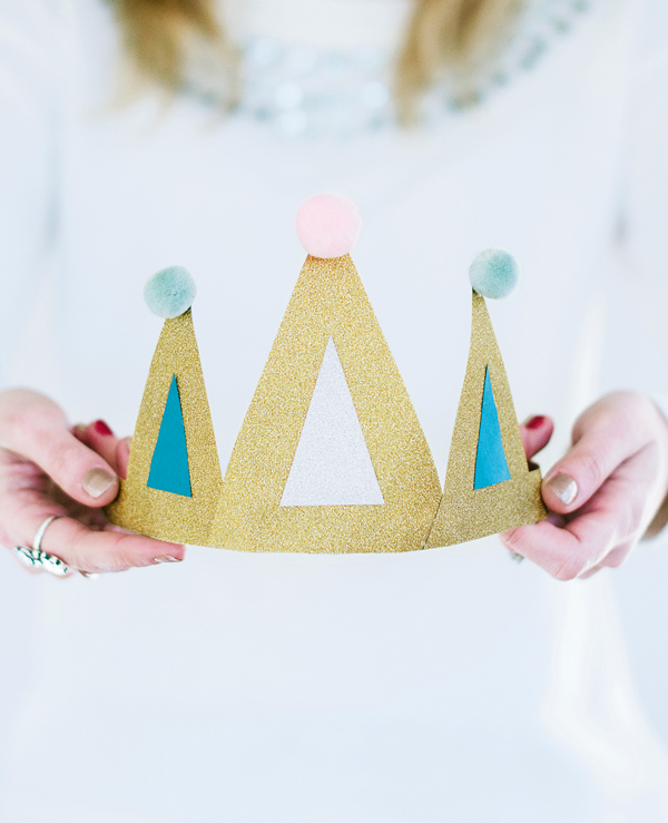 Felt Ball Birthday Crowns asubtlerevelry.com