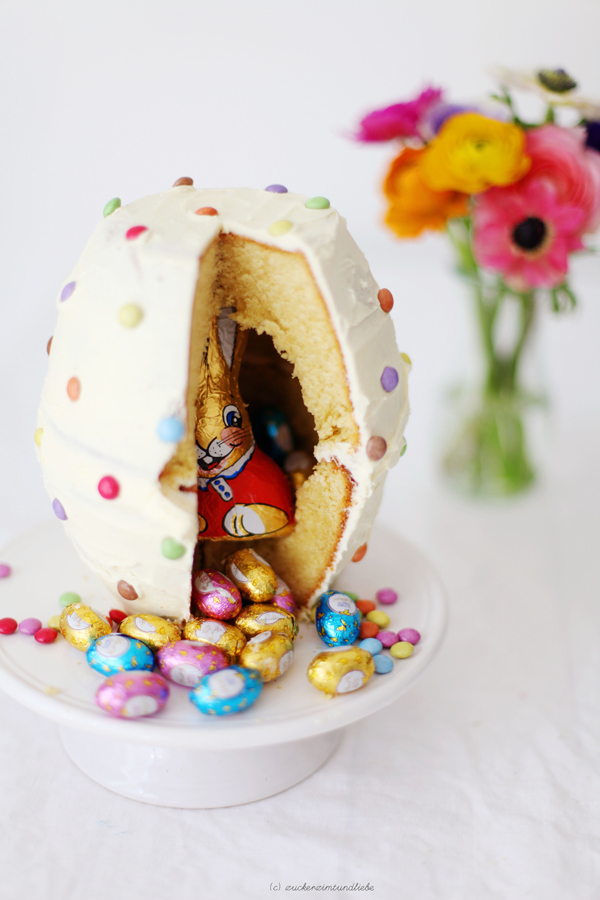 the best pinata cakes • A Subtle Revelry