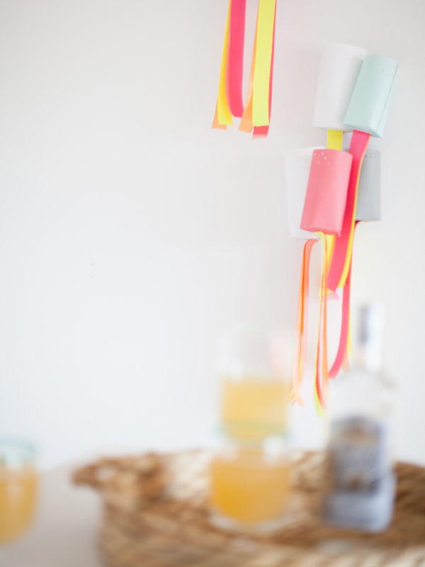 easy diy Paper party lanterns