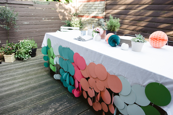 Exceptionnel Confetti Dot Tablecloth