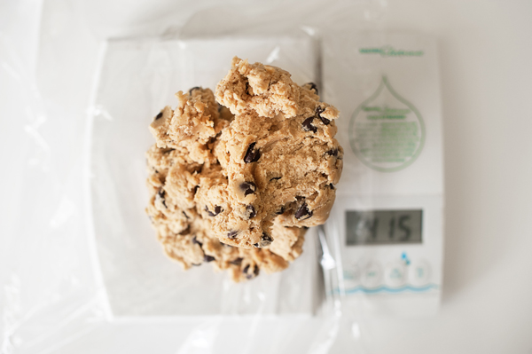 How to make large homemade cookies