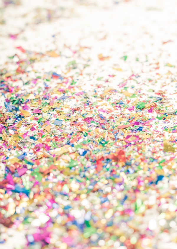 A glitter mess is a happy mess!