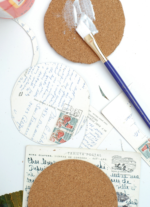 How to make coasters with summer photo memories
