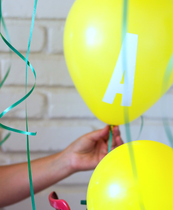 Letter decal balloons DIY