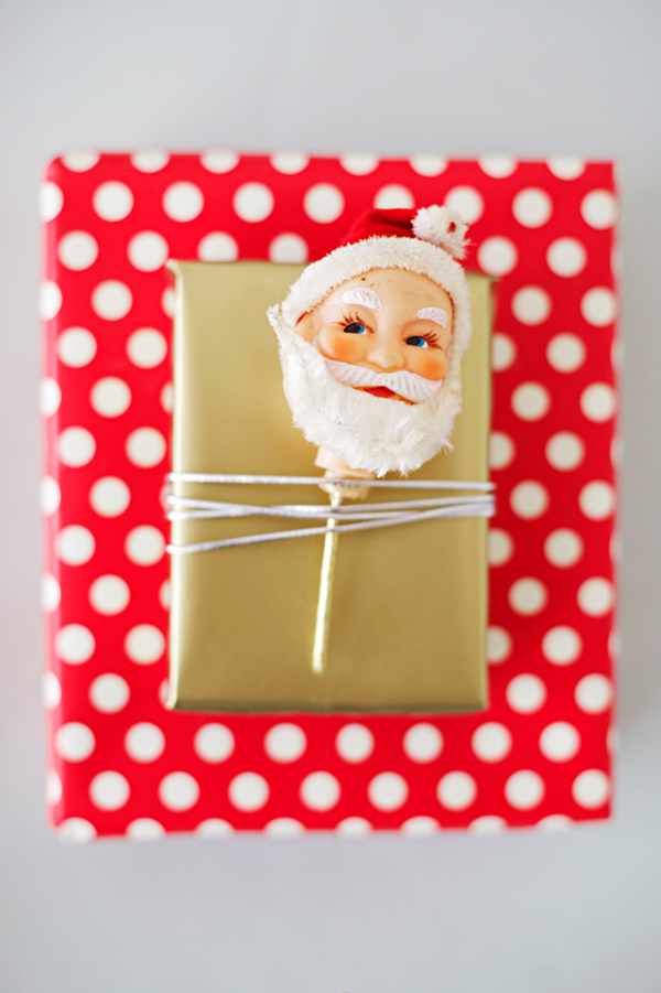 Vintage Ornament Christmas Wrapping