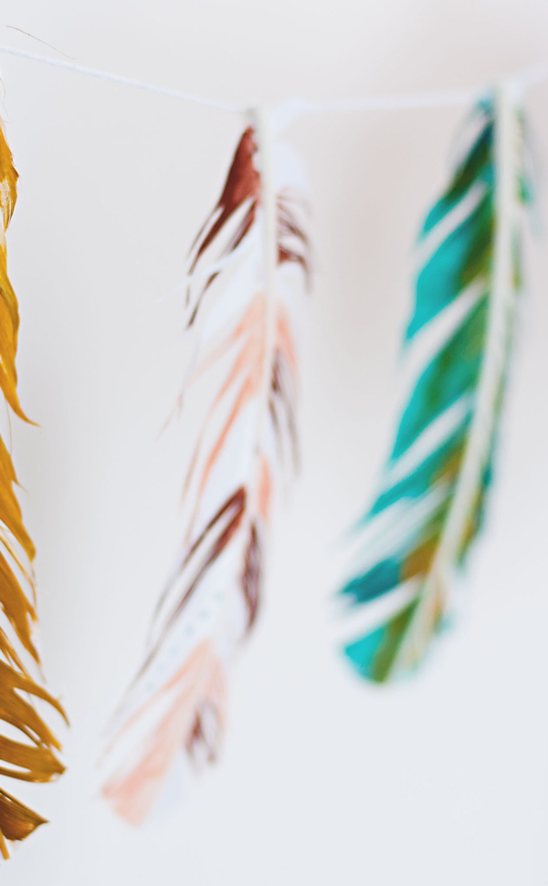 Painted feather garland