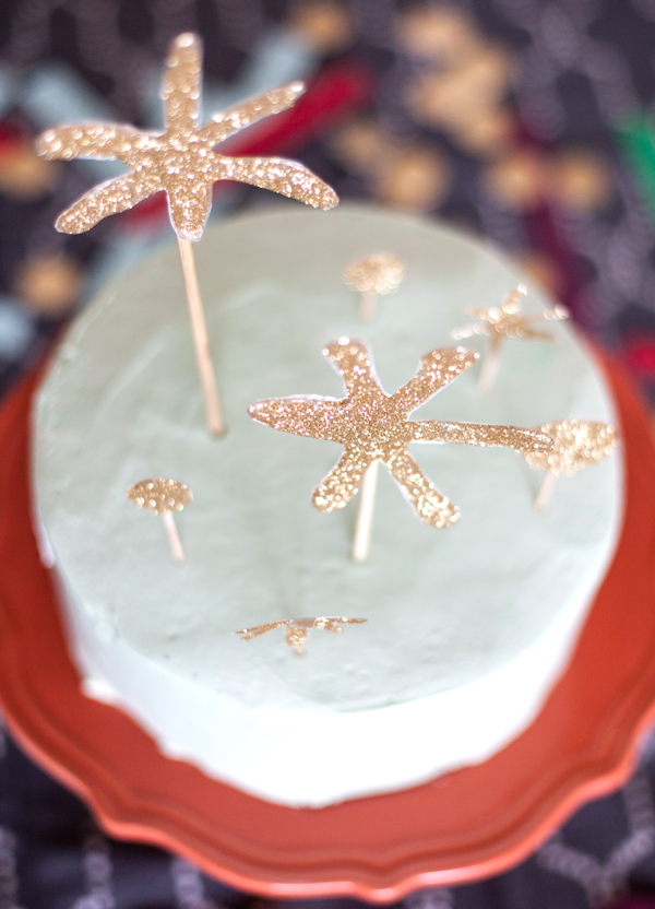 golden glitter star cake topper