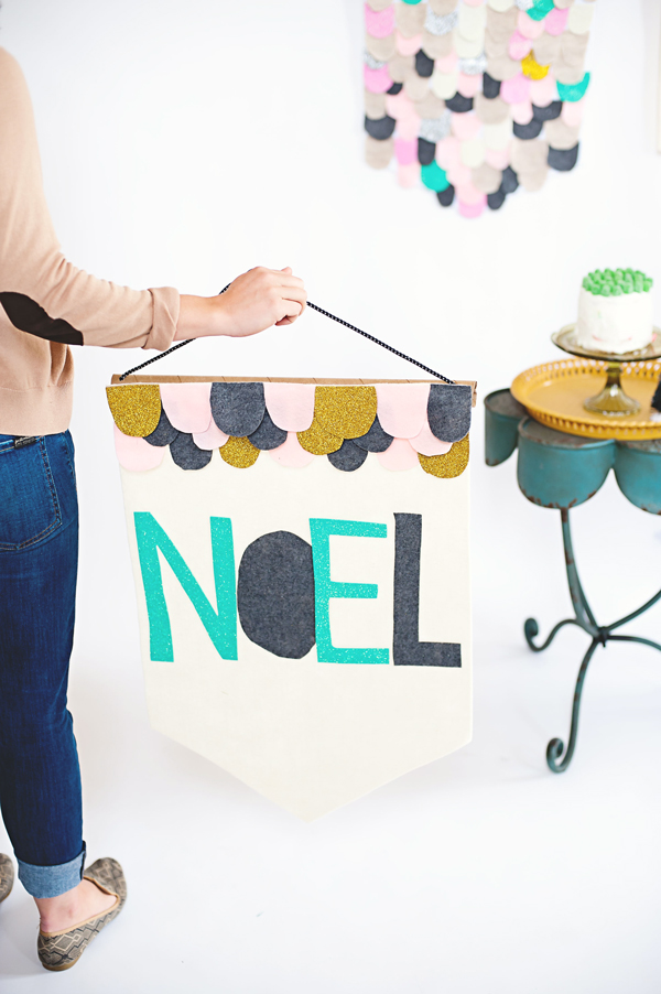 Noel holiday felt banner