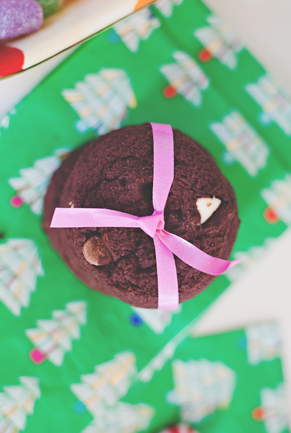Chocolate peppermint nut cookies.