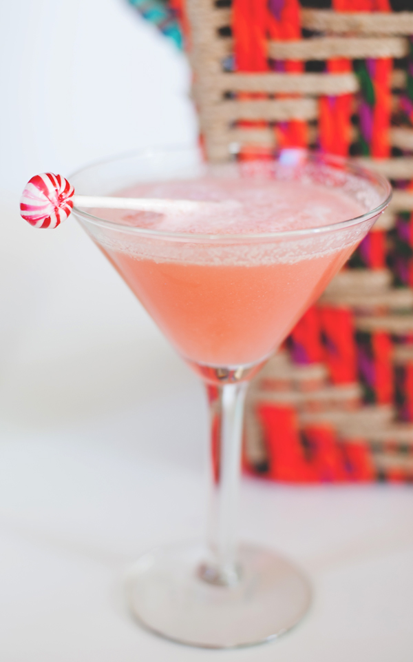 Frothy peppermint-tini