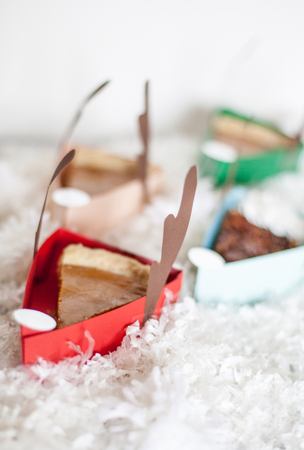 Reindeer pie boxes