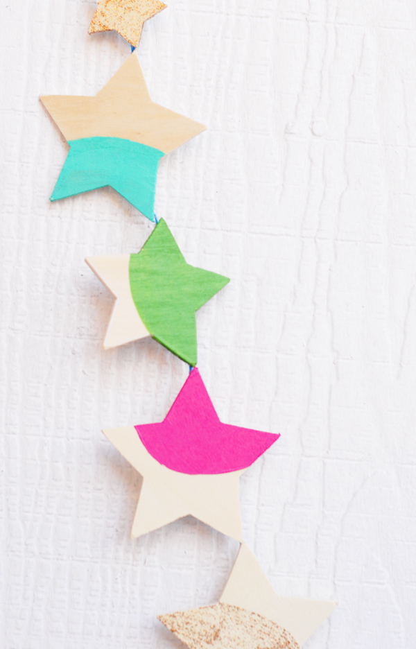 Wooden star garland