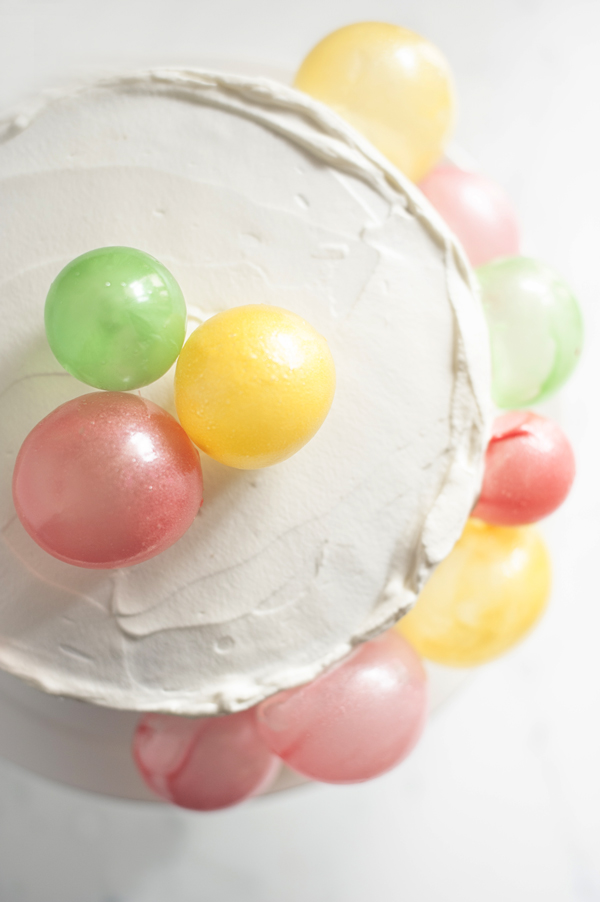 Balloon bubble birthday cake