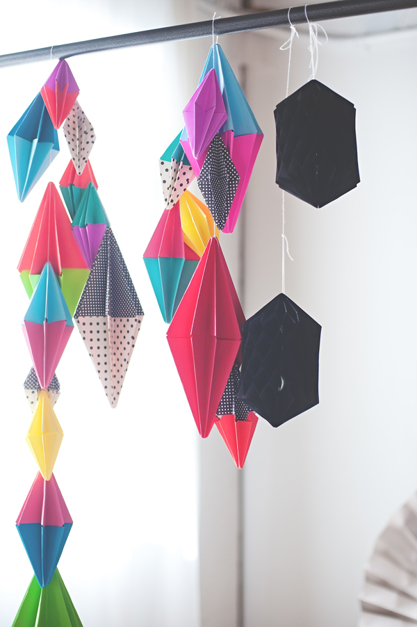 Diamond paper party garland