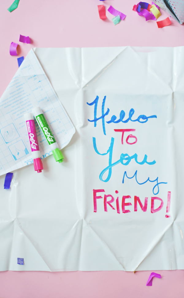 DIY white board craft ideas - make wrapping paper