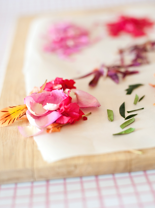Edible Flower Easter Pie Confetti