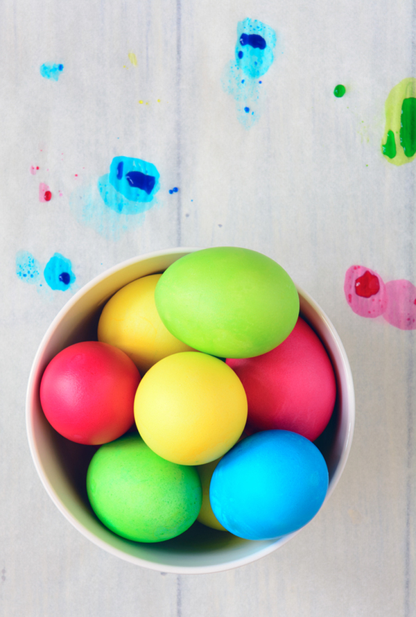 How to make the most colorful Easter eggs.