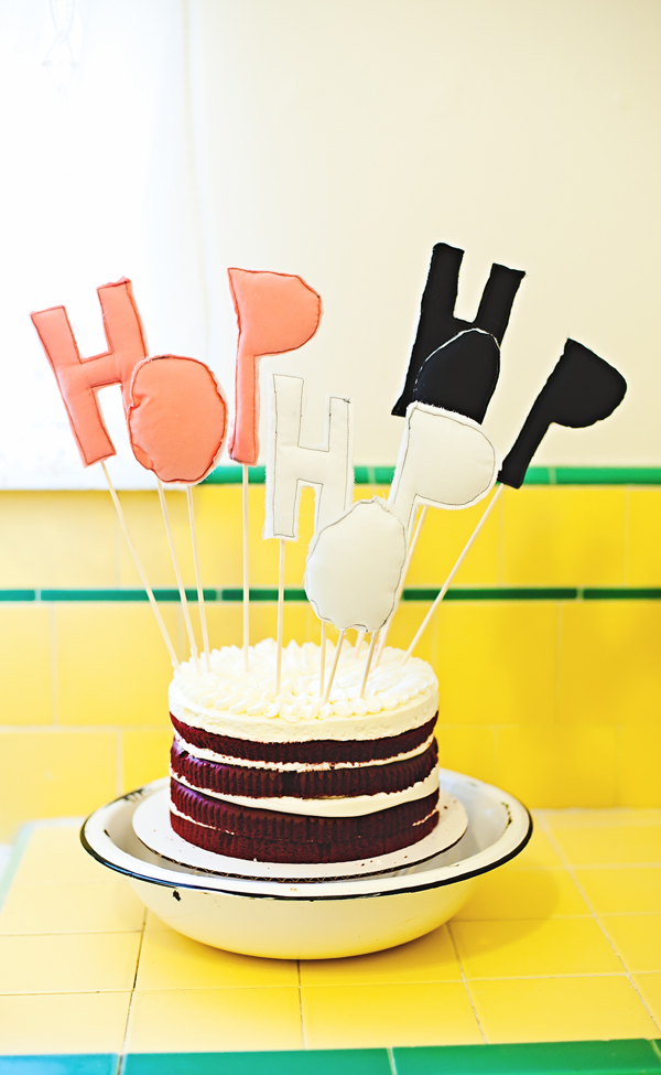 Love this - hop hop cake topper