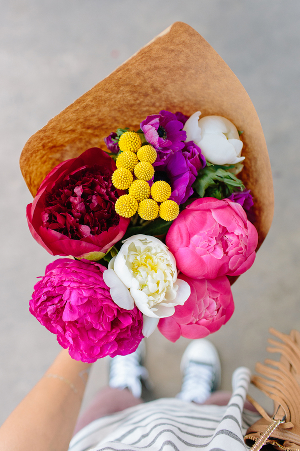 Tips For Giving Bright Flowers • A Subtle Revelry