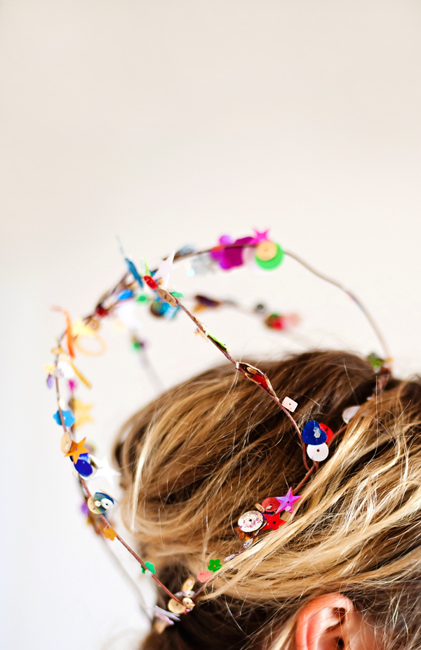 How to wear a DIY wire crown