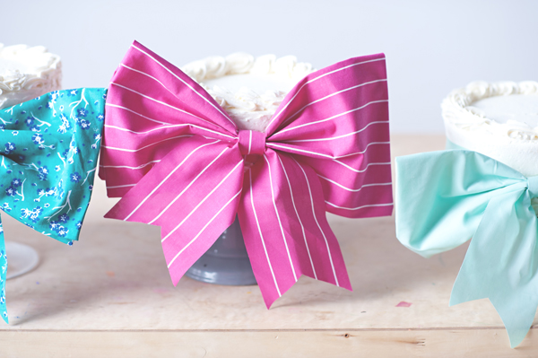Cakes with bows!