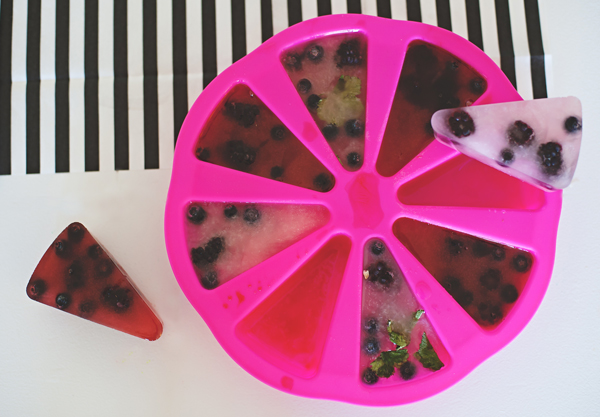 Sangria berry ice cubes