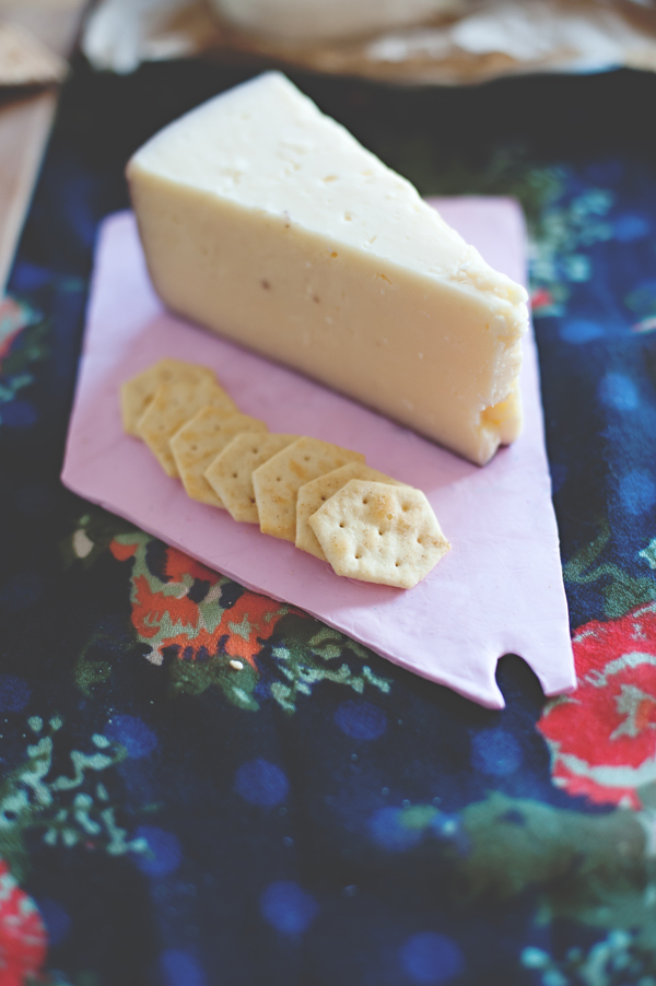 DIY state cheese plates - love this for a housewarming gift!