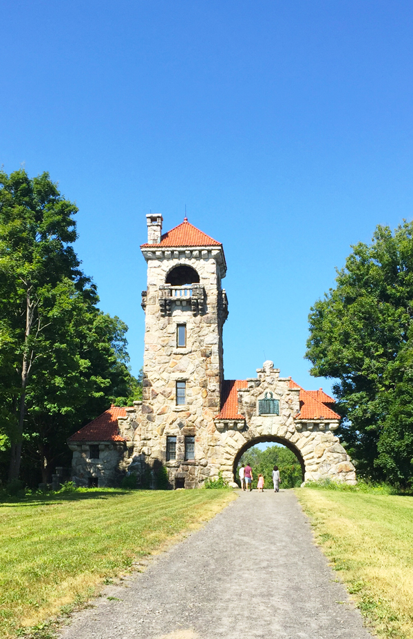 Mohonk gate house
