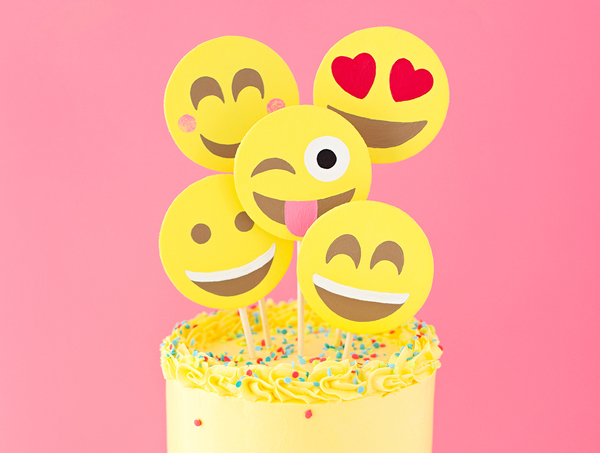 DIY Emoji Face Party Cake