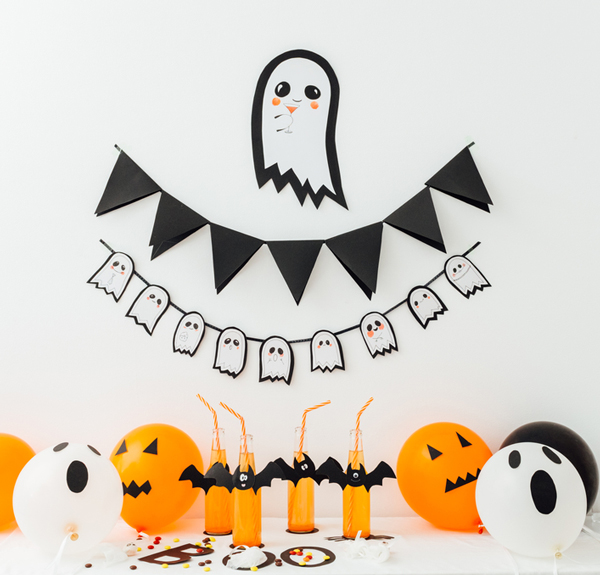 Friendly ghost garland