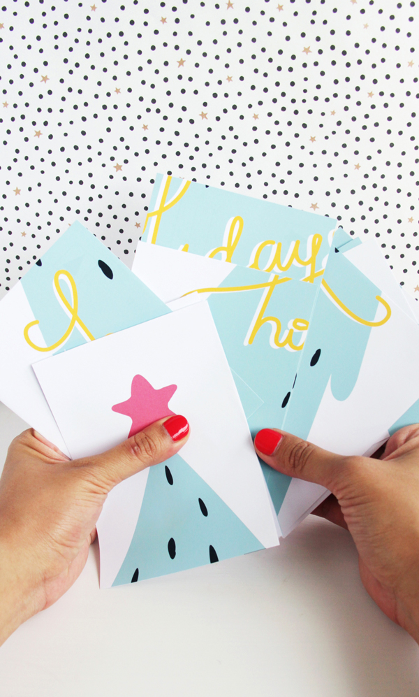 How to create group christmas cards