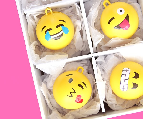 emoji-ornaments