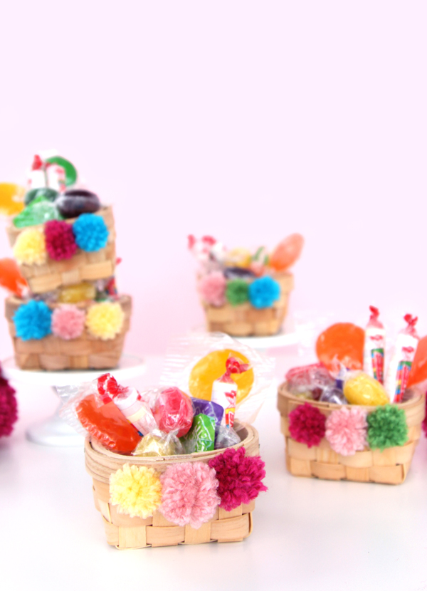 Wicker Basket With Pom Poms : Pom candy baskets a subtle revelry