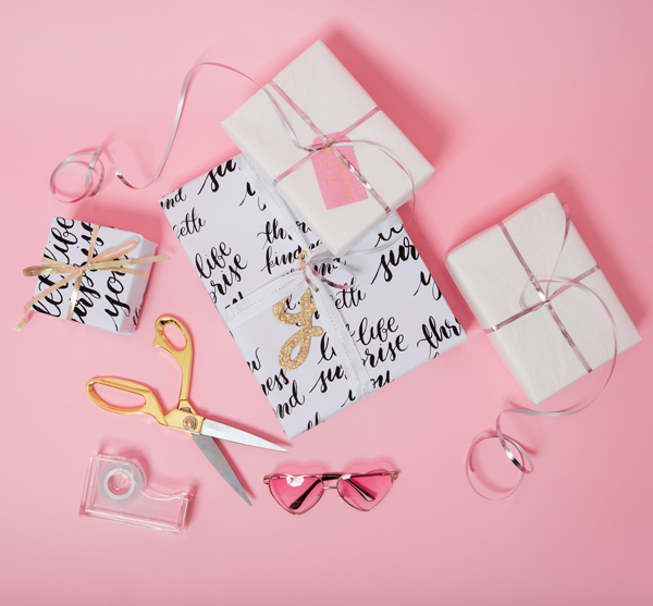 How to make DIY gift wrap with sharpies