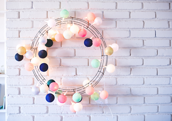 Bright Ball Light Wreath
