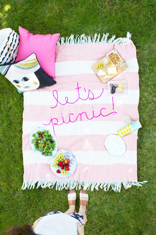 Best DIY Picnic Blanket